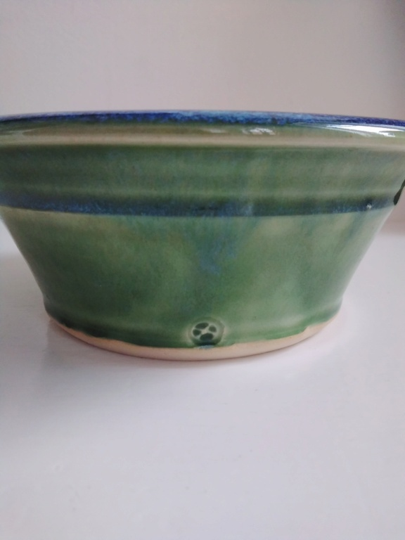 Green bowl with cross mark - Arwyn Jones  20210317