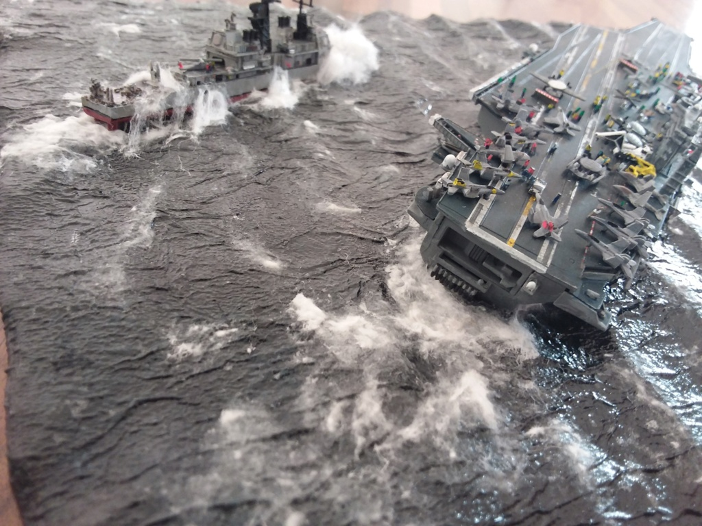 USS Nimitz 1/1200 Revell 20210119