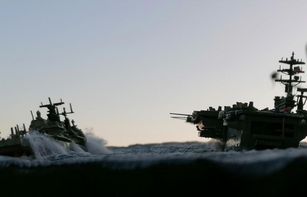 USS Nimitz 1/1200 Revell Img_2039