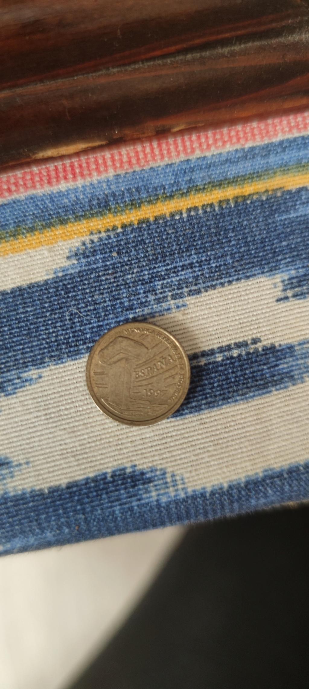 Tienen valor estas monedas? Img_2016