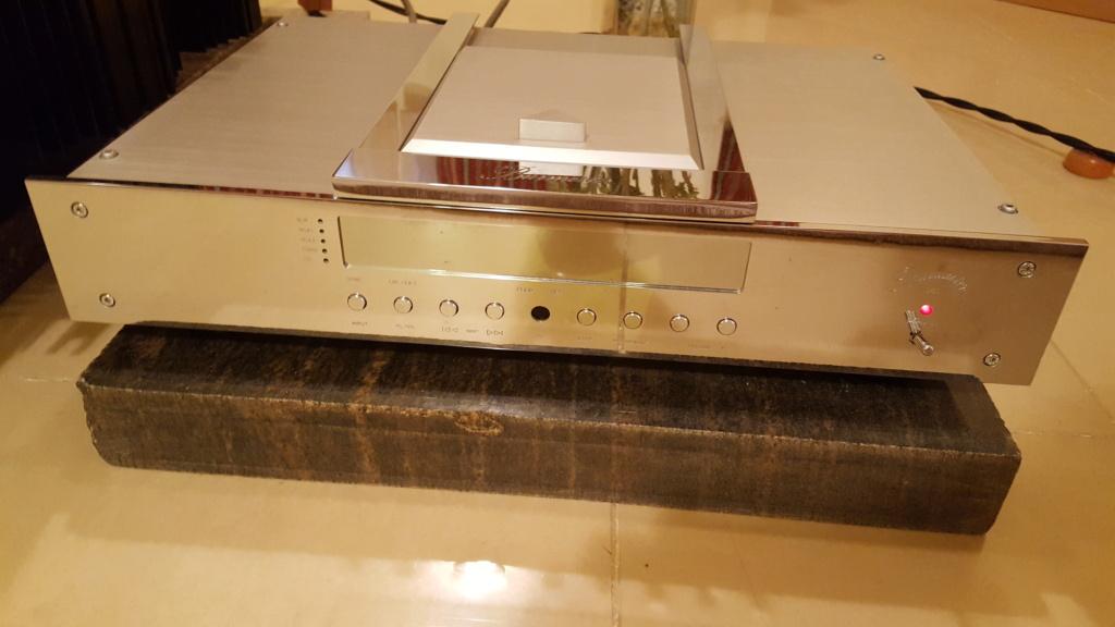 Burmester 001 CD Player Belt drive B110
