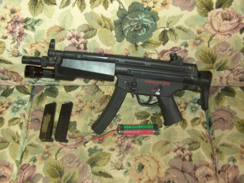MP5 A5 Classic Army garde main lampe B&T Bild0310