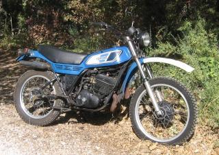 DTMX 250 et 400cc Membres Dt400a10