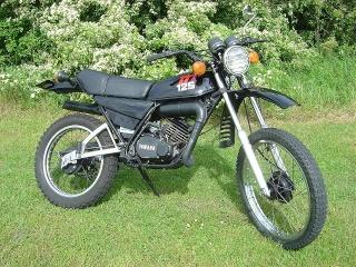 DTMX 125cc Membres / Mod. 1986 Dtmx12