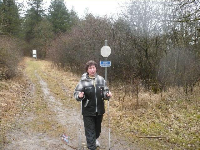 Sortie en Marche Nordique au Mont-des-pins 08/03/09 P1050534