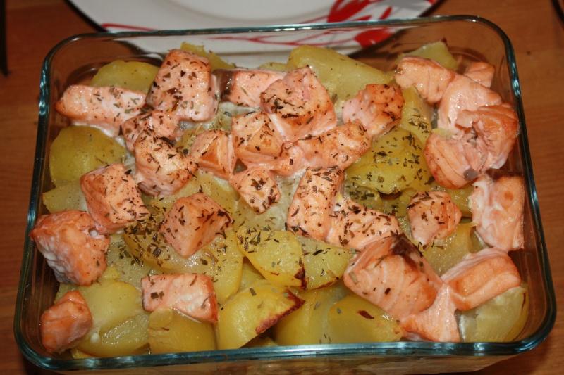 Saumon et pomme de terre en cassolettes Img_2412