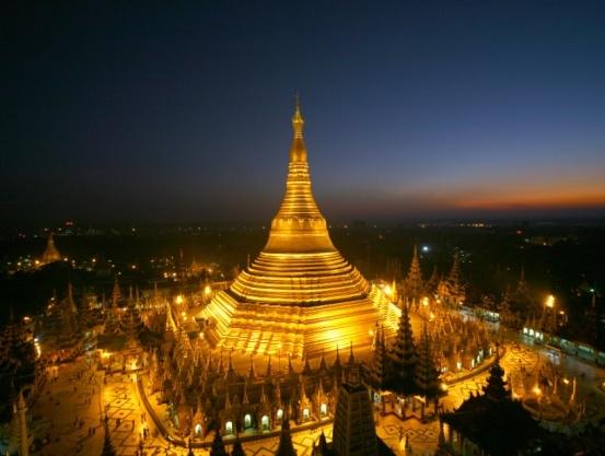 World-Famous Shwedagon Pagoda ( Yangon ) Image011