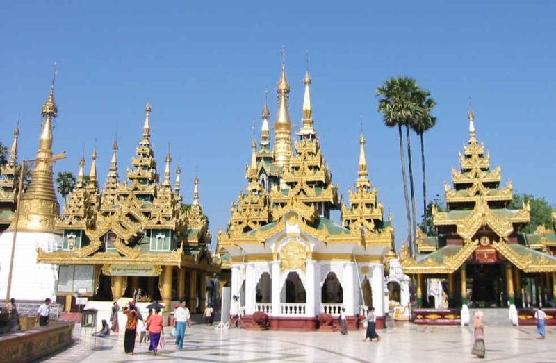 World-Famous Shwedagon Pagoda ( Yangon ) Shweda11