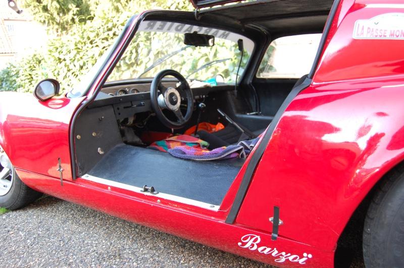 Je vous présente la voiture de mon père - Page 2 Dsc_0117