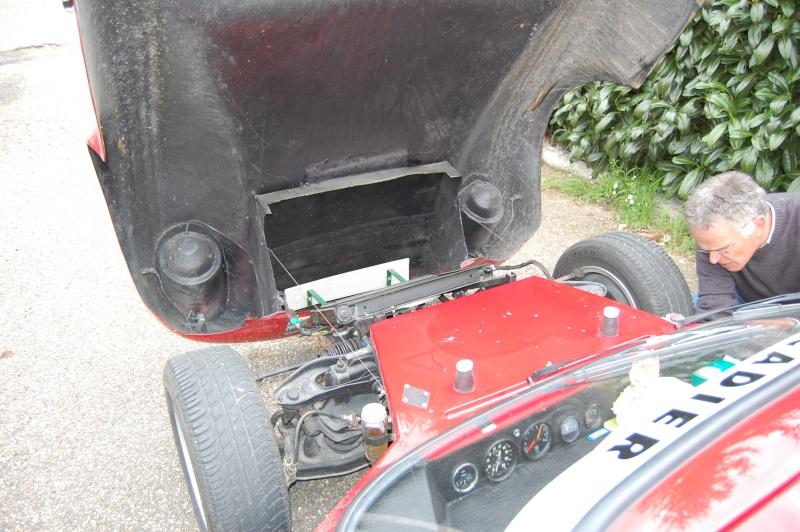 Je vous présente la voiture de mon père - Page 2 Dsc_0128