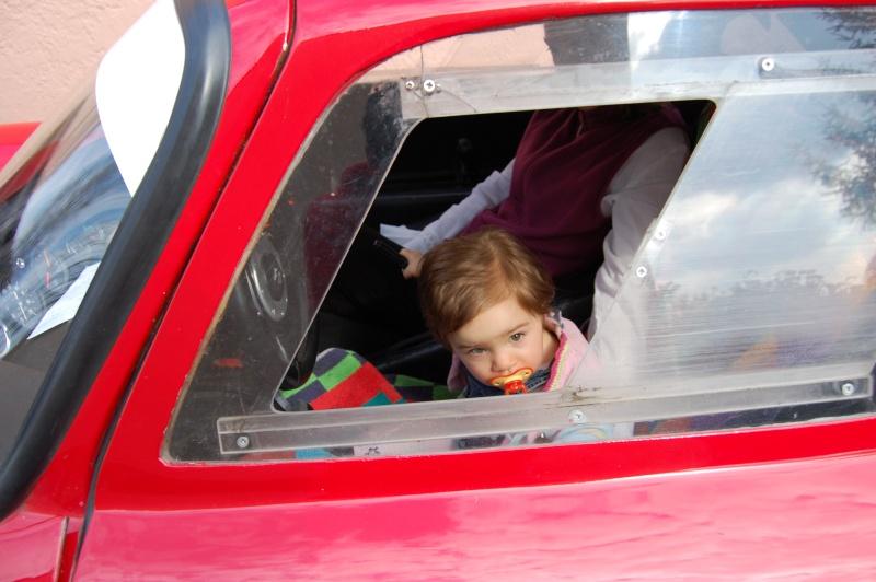 Je vous présente la voiture de mon père - Page 2 Dsc_0134