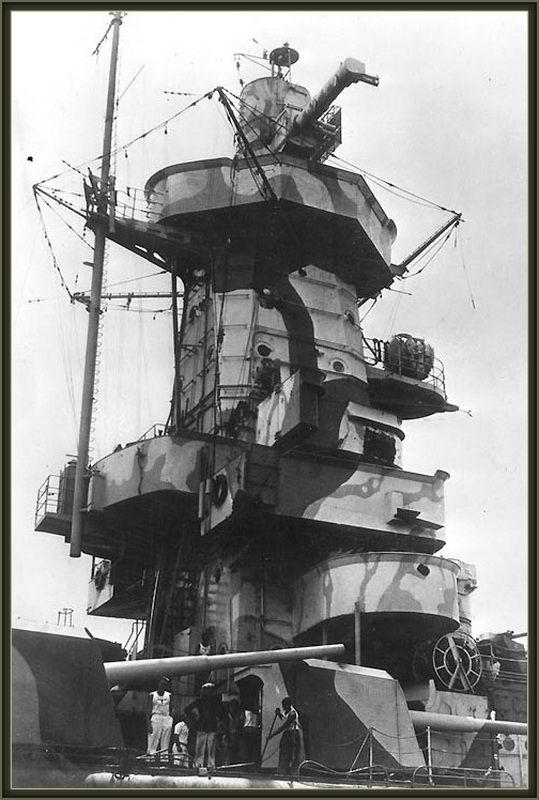 "Fil rouge 2020 : (Heller) Croiseur lourd ""Graf Spee"" - 1/400. 50764010"