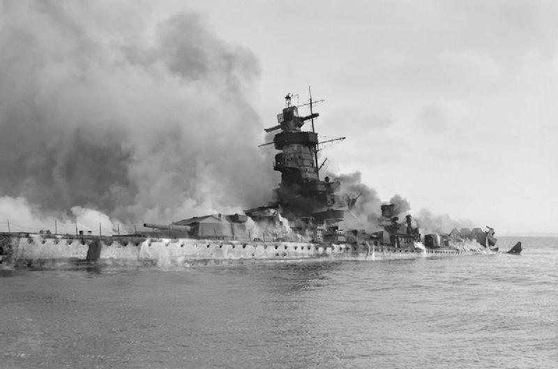 "Fil rouge 2020 : (Heller) Croiseur lourd ""Graf Spee"" - 1/400. Admira10"