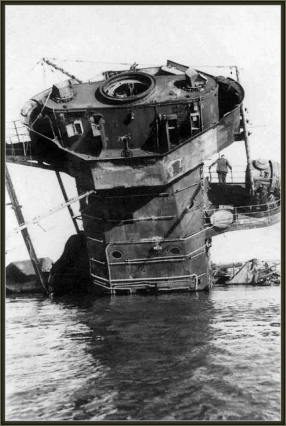 "Fil rouge 2020 : (Heller) Croiseur lourd ""Graf Spee"" - 1/400. B2f23410"