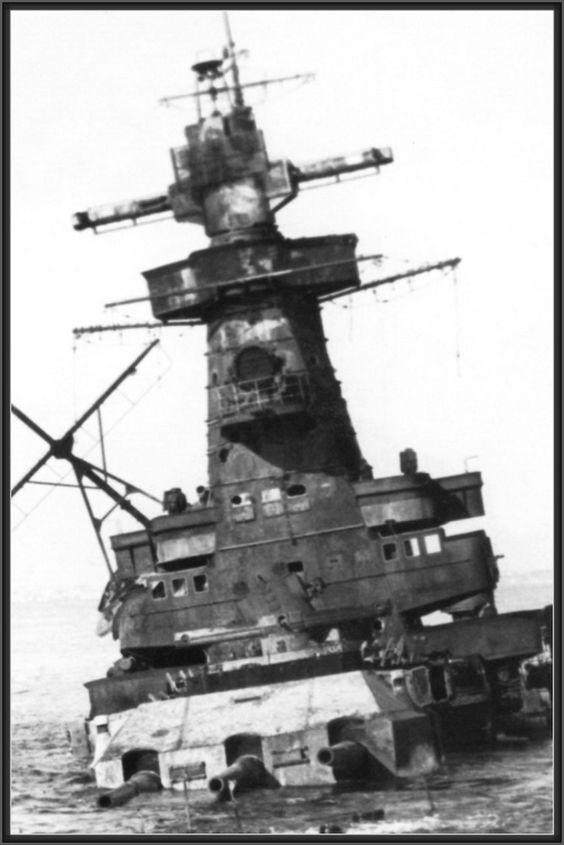 "Fil rouge 2020 : (Heller) Croiseur lourd ""Graf Spee"" - 1/400. B8260110"