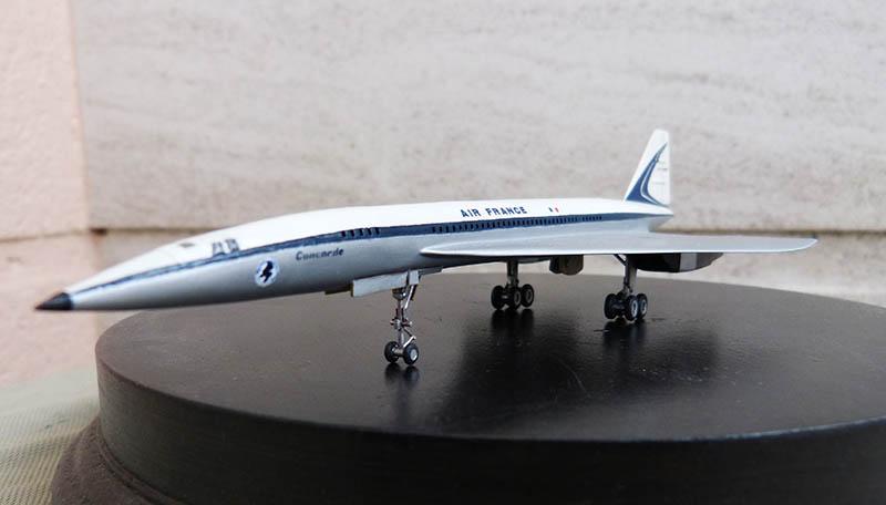 SUD AVIATION - BRITISH AIRCRAFT CORPORATION  CONCORDE Cie AIR FRANCE 1/300ème Réf CADET L 006 - Page 2 Concor71