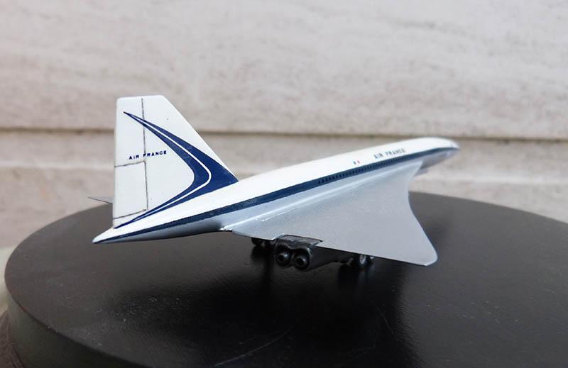 SUD AVIATION - BRITISH AIRCRAFT CORPORATION  CONCORDE Cie AIR FRANCE 1/300ème Réf CADET L 006 - Page 2 Concor72