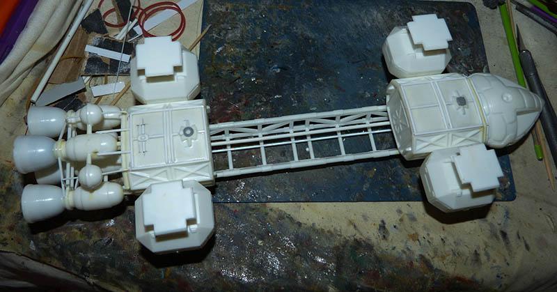 "Eagle 1 Transporter ""Space 1999"" - MPC. Cosmos14"