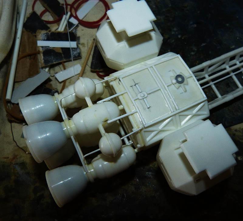 "Eagle 1 Transporter ""Space 1999"" - MPC. Cosmos15"