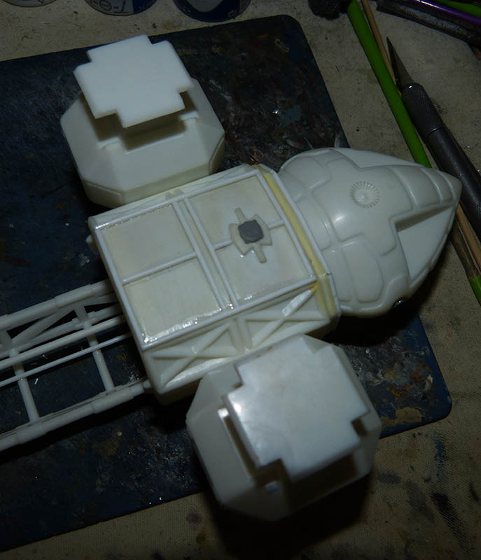 "Eagle 1 Transporter ""Space 1999"" - MPC. Cosmos16"