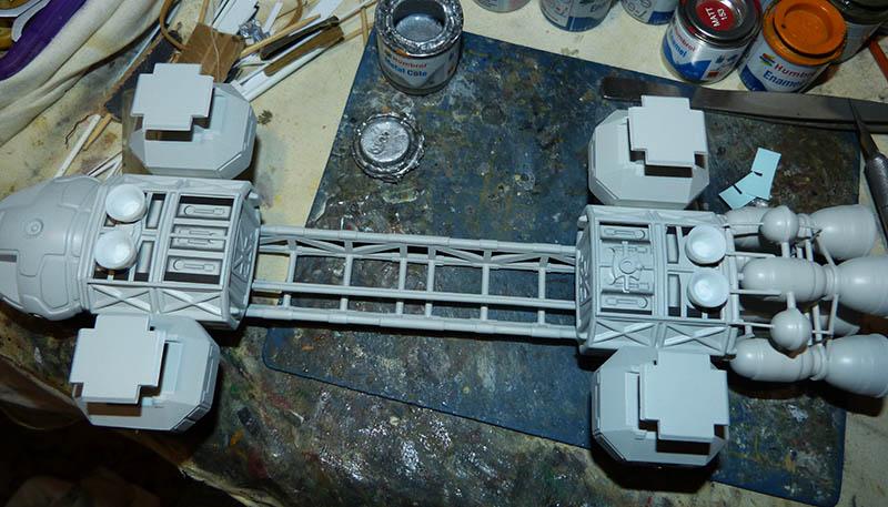 "Eagle 1 Transporter ""Space 1999"" - MPC. Cosmos23"