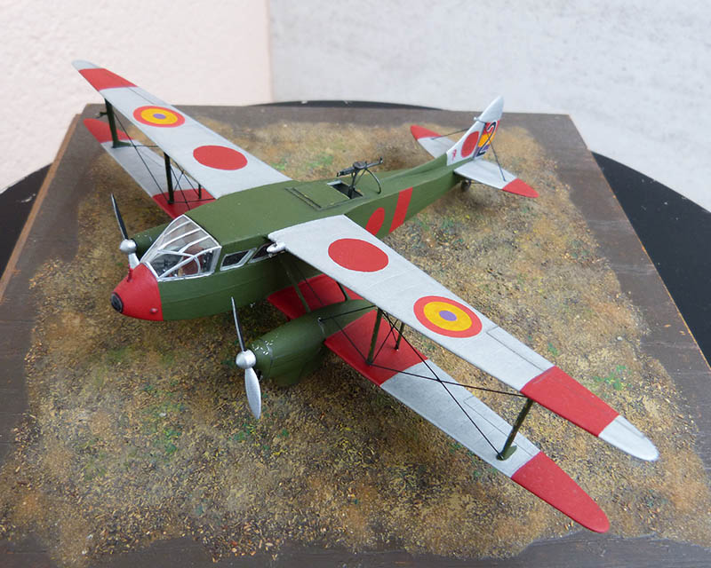 """Dragon Rapide DH 89 M Républicain Espagnol """" - Escadrille """"Alas Rojas"""" 1936. Dh89_821"""