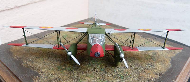 """Dragon Rapide DH 89 M Républicain Espagnol """" - Escadrille """"Alas Rojas"""" 1936. Dh89_822"""