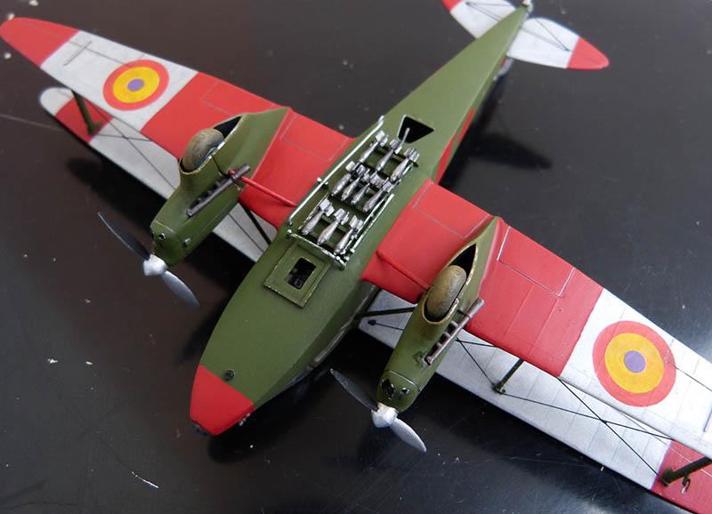 """Dragon Rapide DH 89 M Républicain Espagnol """" - Escadrille """"Alas Rojas"""" 1936. Dh89_935"""