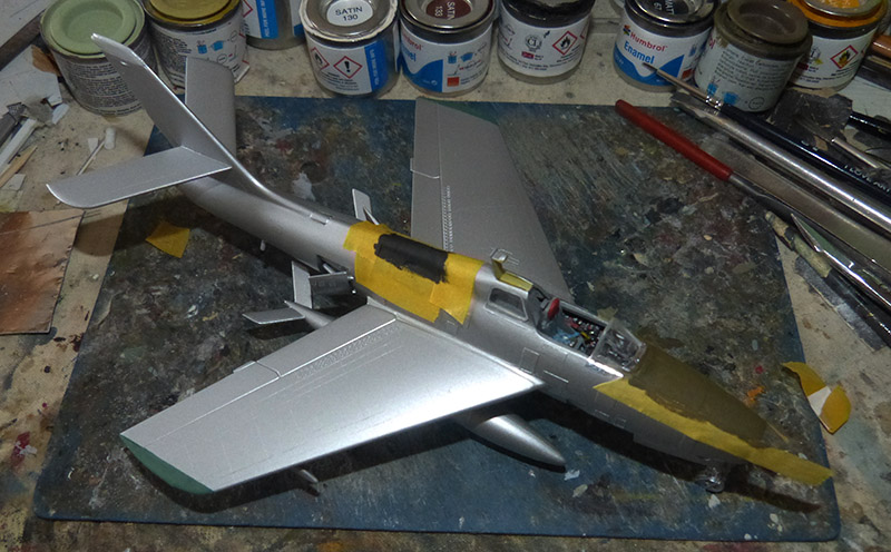 (MPC - Airfix) Republic F-84 F Thunderstreak- EC 2/4 La Fayette. - Page 2 F84_7810