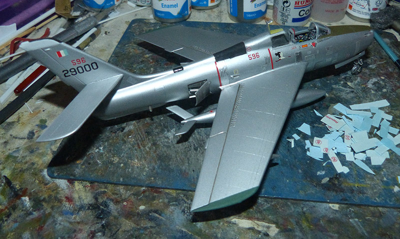 (MPC - Airfix) Republic F-84 F Thunderstreak- EC 2/4 La Fayette. - Page 2 F84_8410