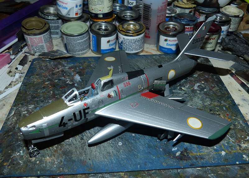 (MPC - Airfix) Republic F-84 F Thunderstreak- EC 2/4 La Fayette. - Page 2 F84_8610