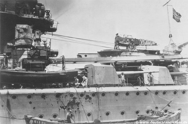 "Fil rouge 2020 : (Heller) Croiseur lourd ""Graf Spee"" - 1/400. Gallgr11"