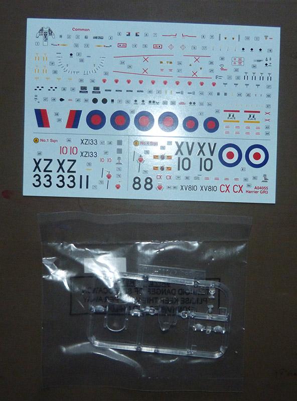 From the box - Harrier GR3 aux Malouines - Airfix - 1/72 *** Terminé en pg 2 Harrie12