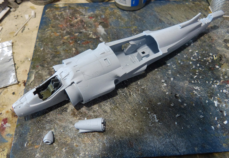 From the box - Harrier GR3 aux Malouines - Airfix - 1/72. Harrie24