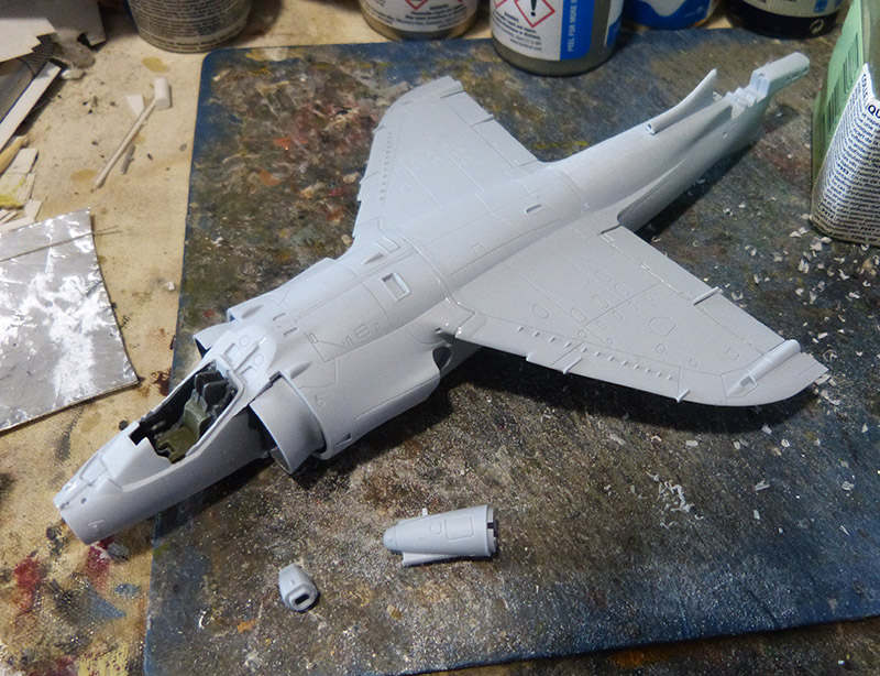 From the box - Harrier GR3 aux Malouines - Airfix - 1/72. Harrie26