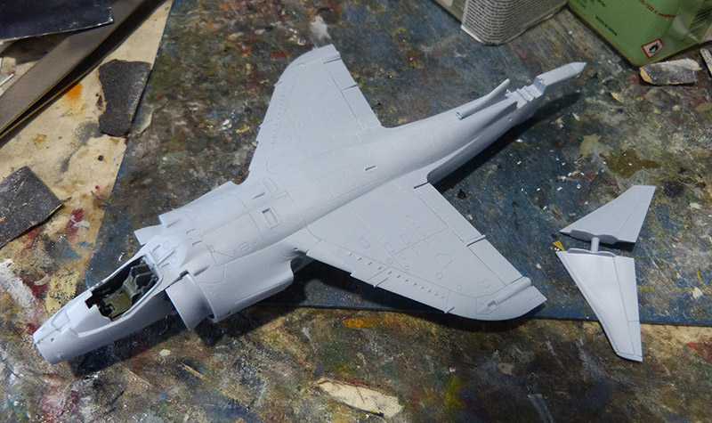 From the box - Harrier GR3 aux Malouines - Airfix - 1/72. Harrie27