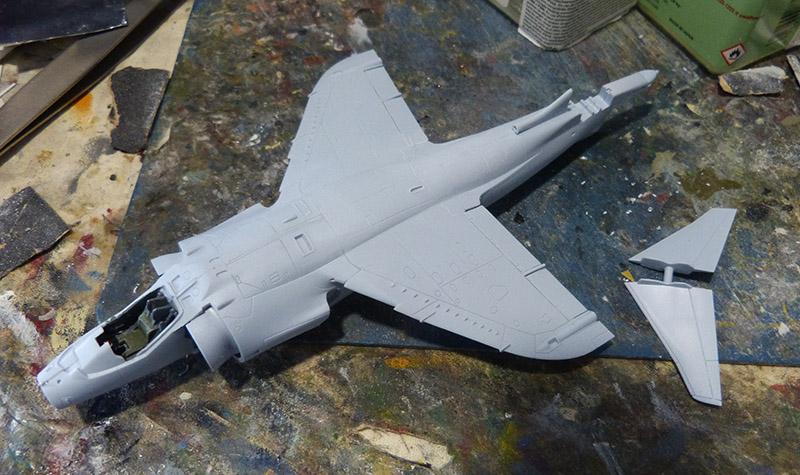 From the box - Harrier GR3 aux Malouines - Airfix - 1/72 *** Terminé en pg 2 Harrie27