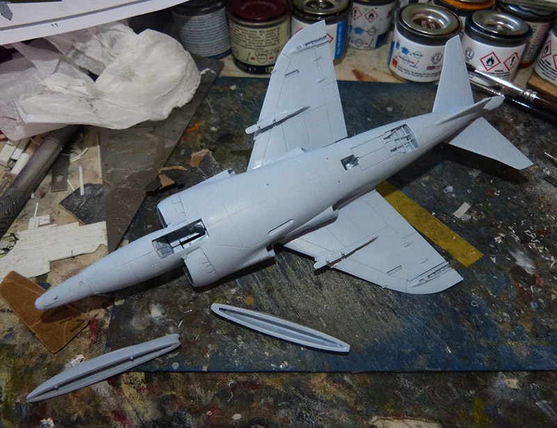 From the box - Harrier GR3 aux Malouines - Airfix - 1/72. Harrie32