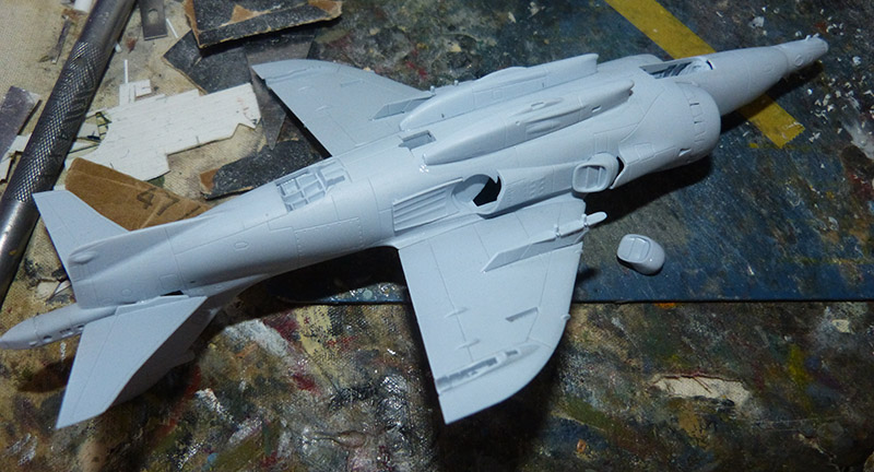 From the box - Harrier GR3 aux Malouines - Airfix - 1/72. Harrie33
