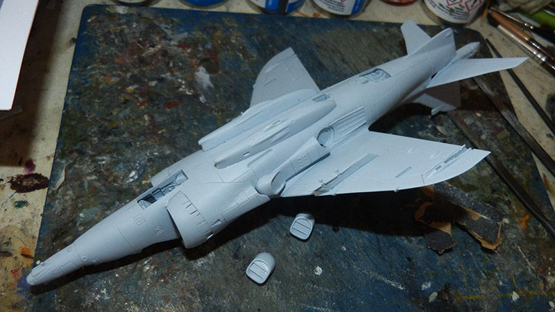 From the box - Harrier GR3 aux Malouines - Airfix - 1/72. Harrie34