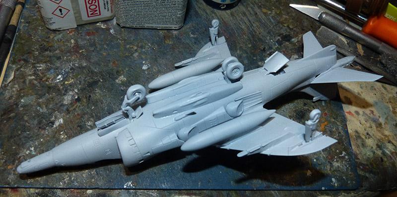 From the box - Harrier GR3 aux Malouines - Airfix - 1/72 *** Terminé en pg 2 Harrie40