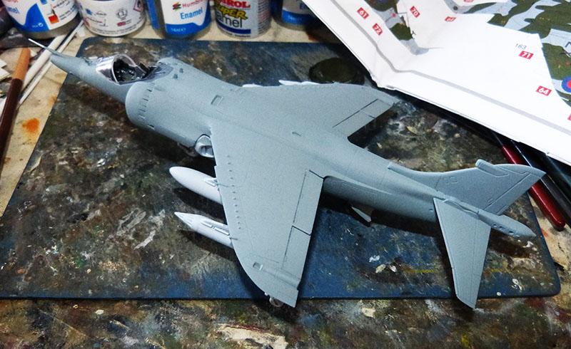 From the box - Harrier GR3 aux Malouines - Airfix - 1/72 *** Terminé en pg 2 Harrie41