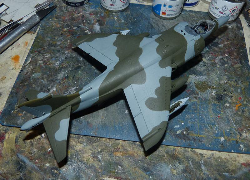 From the box - Harrier GR3 aux Malouines - Airfix - 1/72 *** Terminé en pg 2 Harrie43