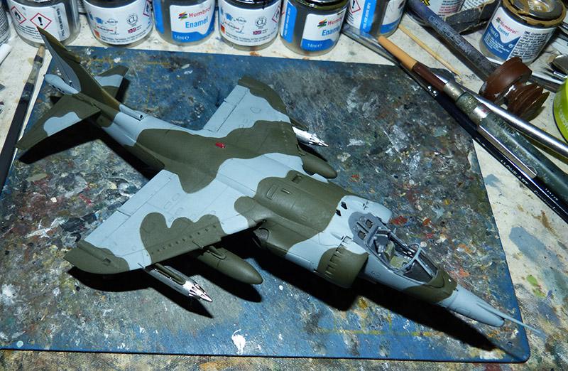From the box - Harrier GR3 aux Malouines - Airfix - 1/72 *** Terminé en pg 2 Harrie48