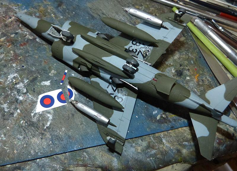 From the box - Harrier GR3 aux Malouines - Airfix - 1/72 *** Terminé en pg 2 Harrie49
