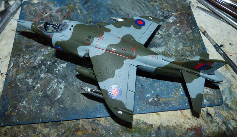 From the box - Harrier GR3 aux Malouines - Airfix - 1/72 *** Terminé en pg 2 Harrie54