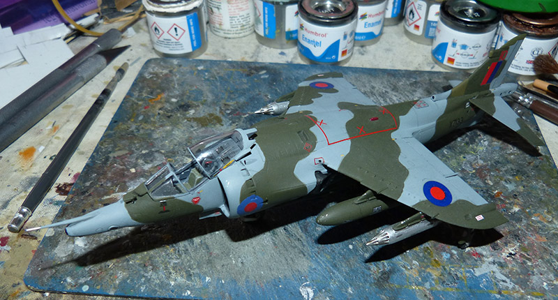 From the box - Harrier GR3 aux Malouines - Airfix - 1/72 *** Terminé en pg 2 - Page 2 Harrie57