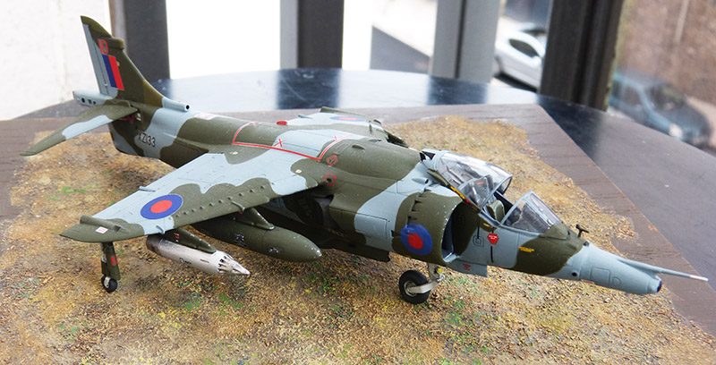 From the box - Harrier GR3 aux Malouines - Airfix - 1/72 *** Terminé en pg 2 - Page 2 Harrie61