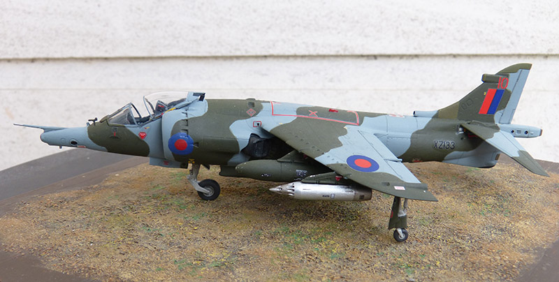 From the box - Harrier GR3 aux Malouines - Airfix - 1/72 *** Terminé en pg 2 - Page 2 Harrie65