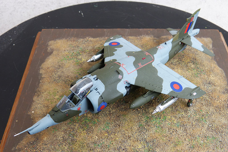 From the box - Harrier GR3 aux Malouines - Airfix - 1/72 *** Terminé en pg 2 - Page 2 Harrie66